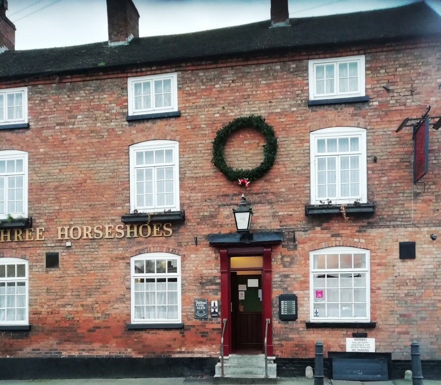 Punters Not Fazed By Bass Drama In Three Horseshoes