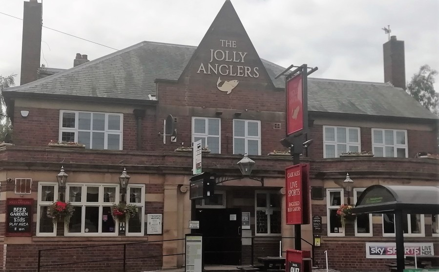 Station Pubs #2: The Jolly Anglers Beeston