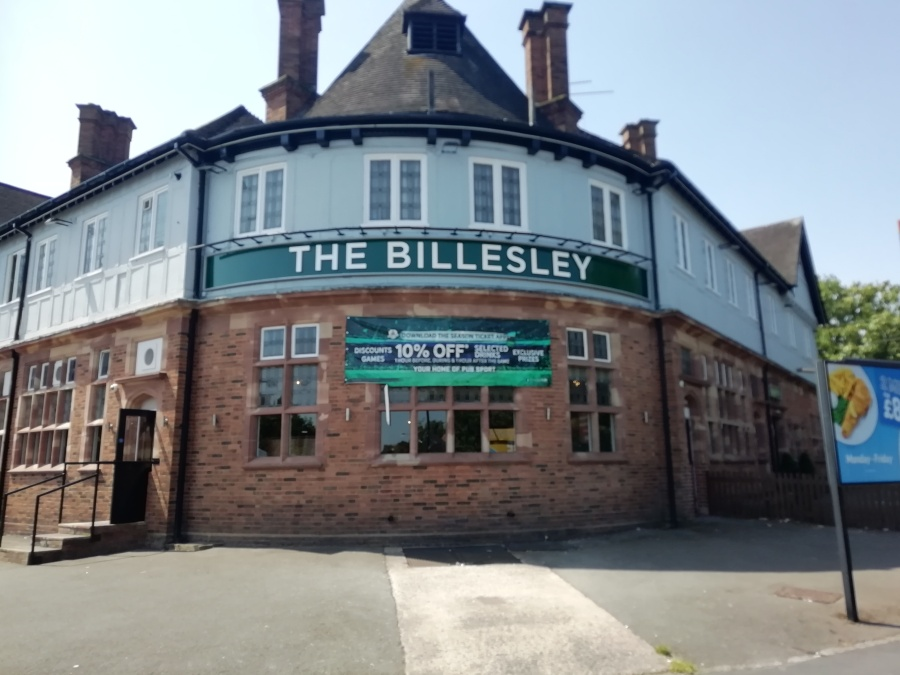 Over 30's Night At The Billesley